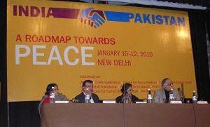 © 2010 Heinrich Böll-Stiftung, Mitorganisatorin der Konferenz aus der indisch-pakistanischen Zivilgesellschaft. CC-BY-SA (Flickr)