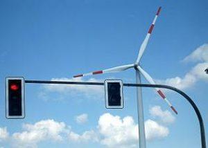Windkraft von dort, wo es sowieso schon lauter ist. Dortmund, Salingen. © 2007 Mathias Bigge. CC BY-SA, Wikimedia Commons